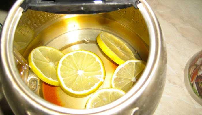 clean a kettle with lemon
